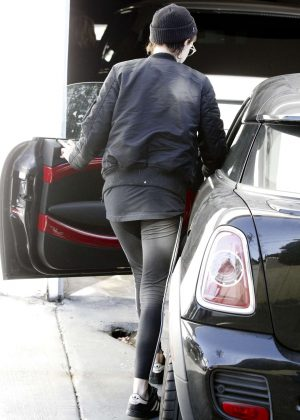 Kristen Stewart Leaving the gym in West Hollywood