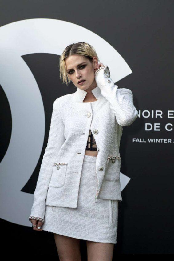 Kristen Stewart 2019 : Kristen Stewart – Noir et Blanc de Chanel FW 2019 Makeup Collection-02