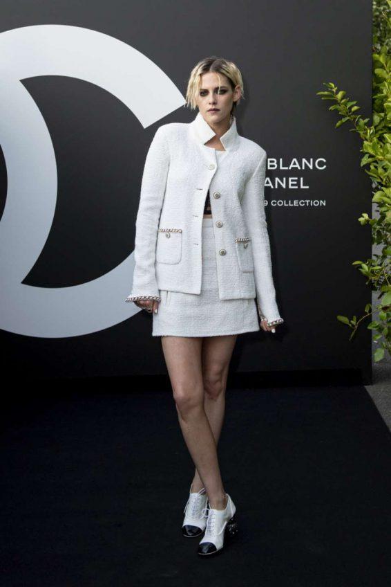 Kristen Stewart 2019 : Kristen Stewart – Noir et Blanc de Chanel FW 2019 Makeup Collection-03