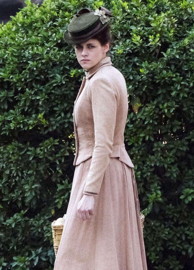Kristen Stewart on the set of 'Lizzie' in Savannah