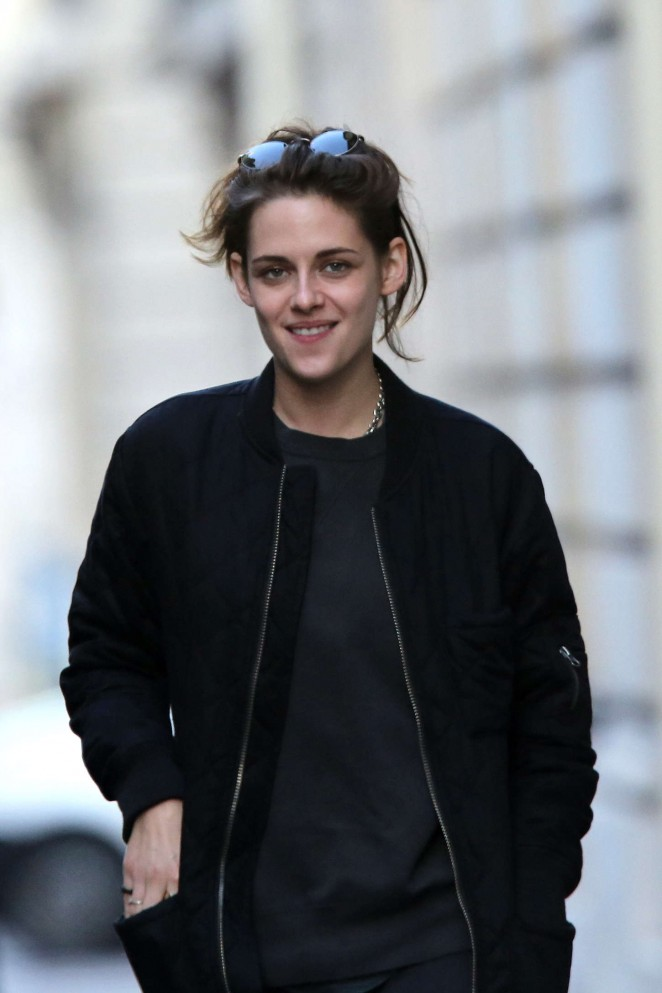 Kristen Stewart Out in Paris