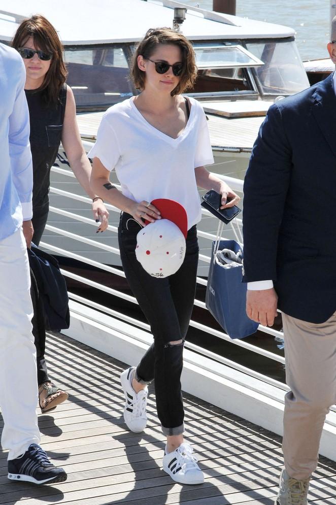 Kristen Stewart: Out in Venice -10