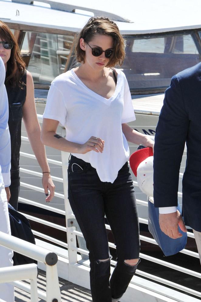 Kristen Stewart: Out in Venice -12