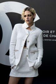 Kristen Stewart - Photocall at Noir et Blanc de Chanel F-W 19 Makeup Collection