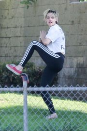 Kristen Stewart - Plays Softball in Los Angeles