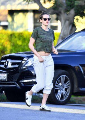 Kristen Stewart - Shopping in Los Angeles