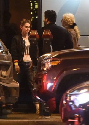 Kristen Stewart - Spotted at The Troubadour in West Hollywood