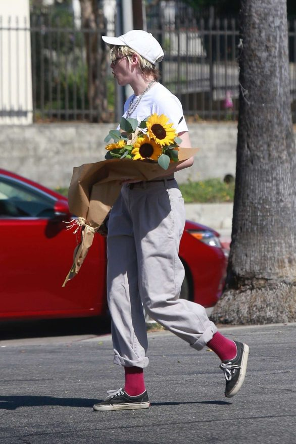 Kristen Stewart 2019 : Kristen Stewart – Spotted while out in Los Angeles-06