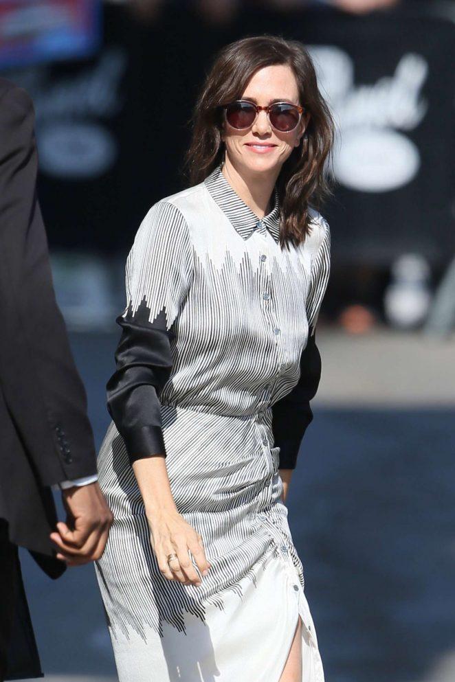 Kristen Wiig - Arriving at Jimmy Kimmel Live in Los Angeles
