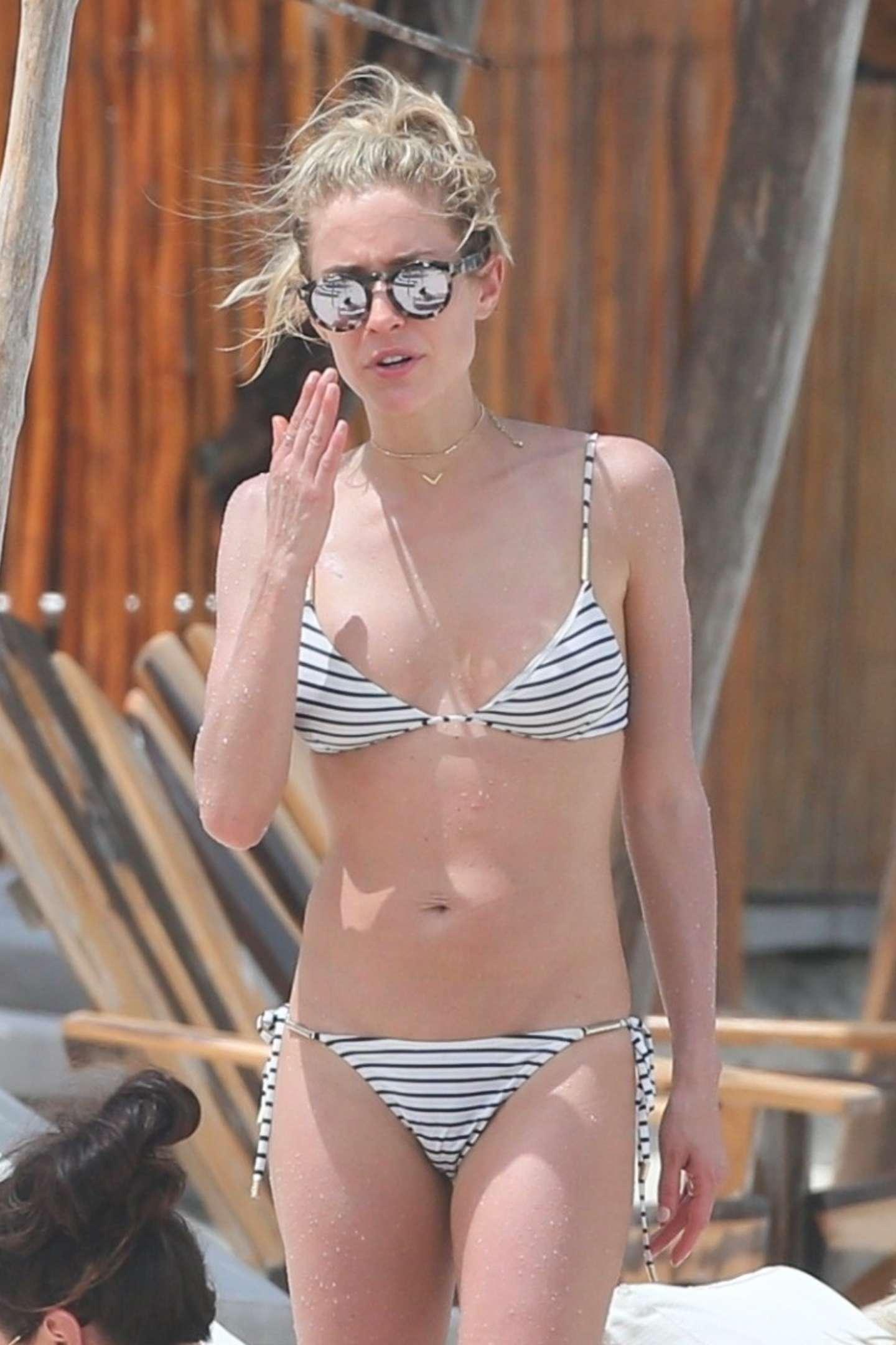 Kristin Cavallaris Striped Bikini Photos - Barnorama