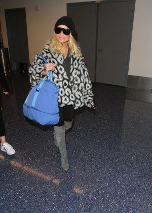 Kristin Chenoweth - Arriving at LAX Airport in Los Angeles