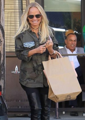 Kristin Chenoweth - Leaves a restaurant in Beverly Hills