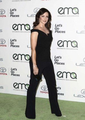 Kristin Davis - 2015 EMA Awards in Burbank