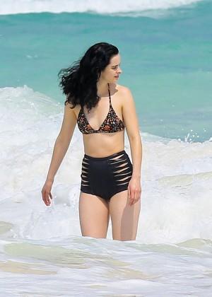 Krysten Ritter in Bikini 2016 -45