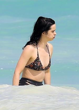 Krysten Ritter in Bikini 2016 -55