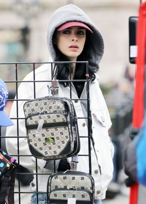 Krysten Ritter: Set of Aka Jessica Jones -03