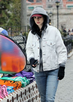 Krysten Ritter: Set of Aka Jessica Jones -04