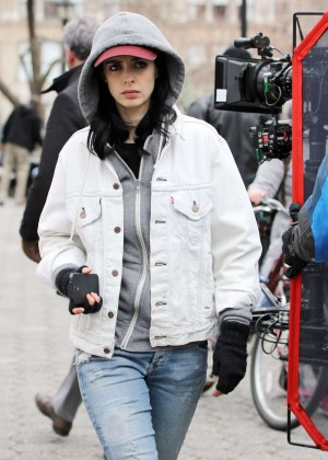 Krysten Ritter: Set of Aka Jessica Jones -12