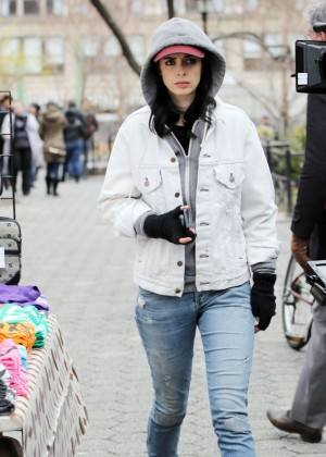 Krysten Ritter: Set of Aka Jessica Jones -14