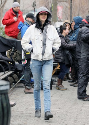 Krysten Ritter: Set of Aka Jessica Jones -17