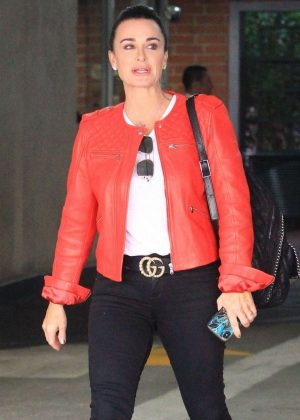 Kyle Richards - Out for lunch in Beverly Hills