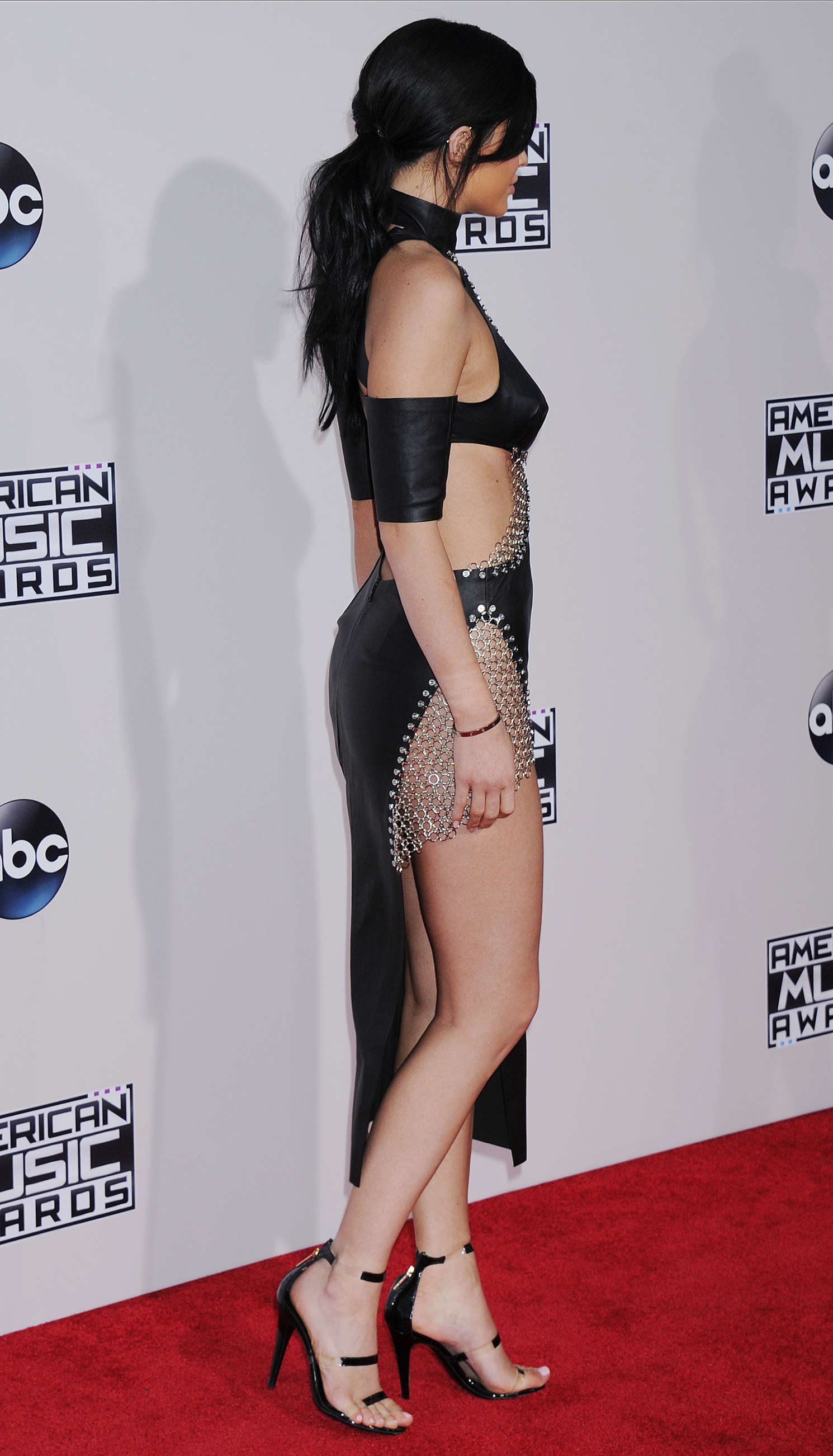Kylie Jenner: 2015 American Music Awards -22