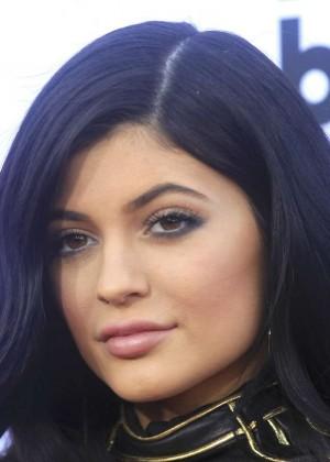 Kylie Jenner : Billboard Music Awards 2015 -08