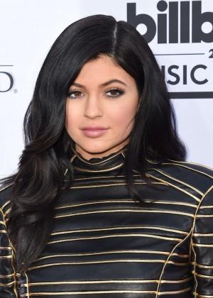 Kylie Jenner : Billboard Music Awards 2015 -12