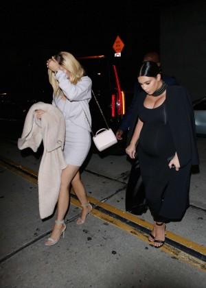 Kylie Jenner and Kim Kardashians at Craigs -03