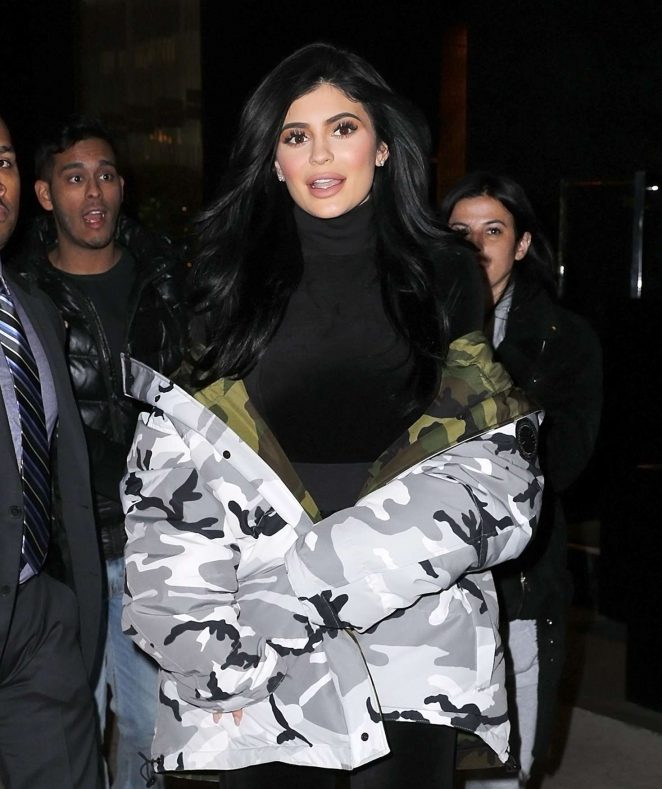 Kylie Jenner - Arrives at the set of 'Ocean's 8' in NY