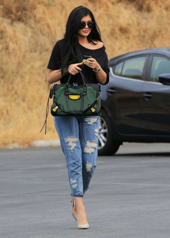Kylie Jenner in Ripped Jeans -13 - GotCeleb