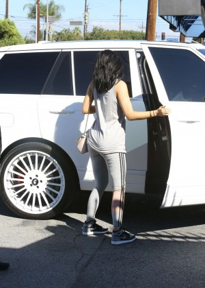Kylie Jenner Botty in Tights -03