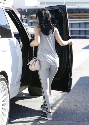 Kylie Jenner Botty in Tights -13