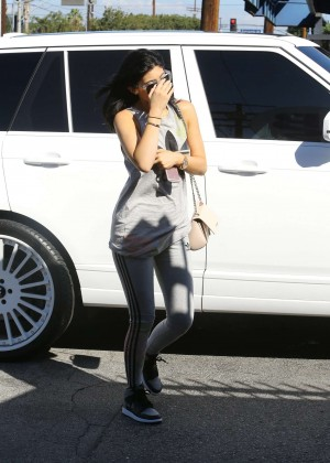 Kylie Jenner Botty in Tights -14