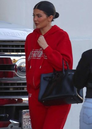 Kylie Jenner - Arriving at Milk Studio in Los Angeles