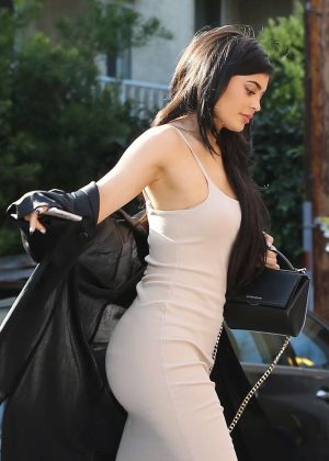 Kylie Jenner - Arriving at Nobu Restaurant in West Hollywood