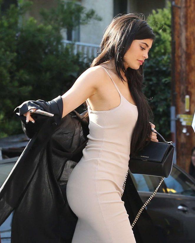 Kylie Jenner – Arriving at Nobu Restaurant in West Hollywood