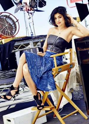 Kylie Jenner - Cosmopolitan US Magazine (February 2015) adds