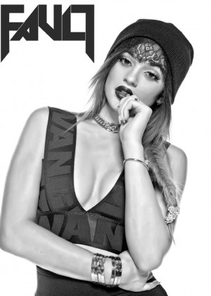 Kylie Jenner - Flaunt Cover Magazine (Spring 2015)