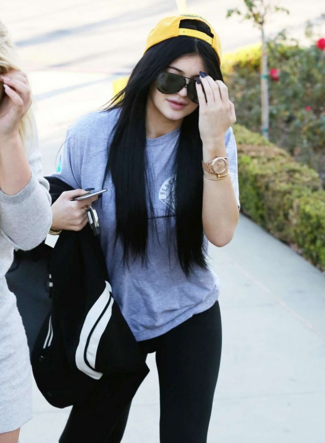 Kylie Jenner – Heading to Johnny Rockets With a Friend in Calabasas