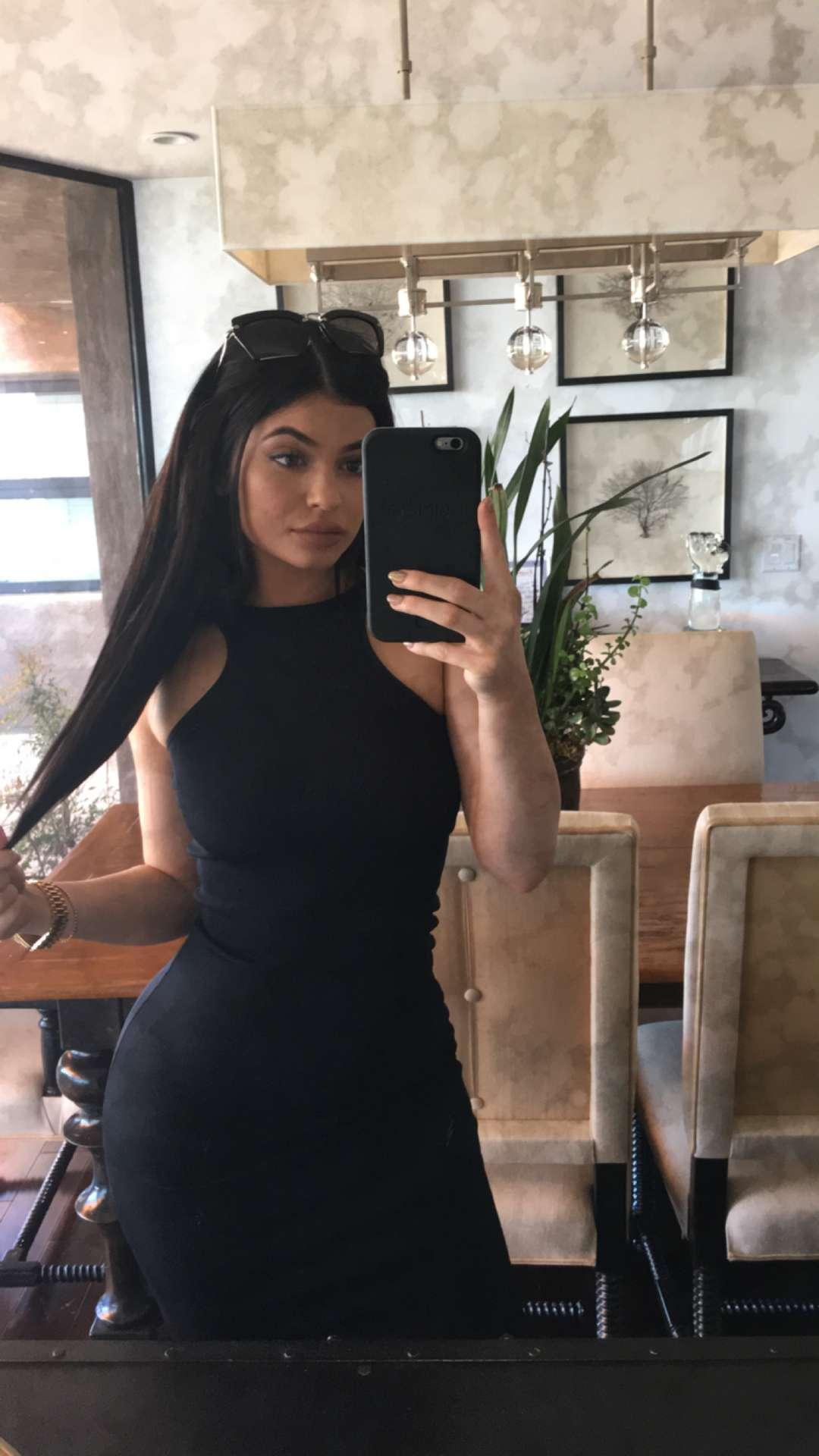 image Kylie jenner sexy snap