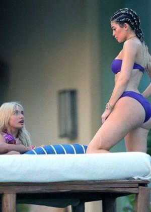 Kylie Jenner In Bikini In Punta Mita -06