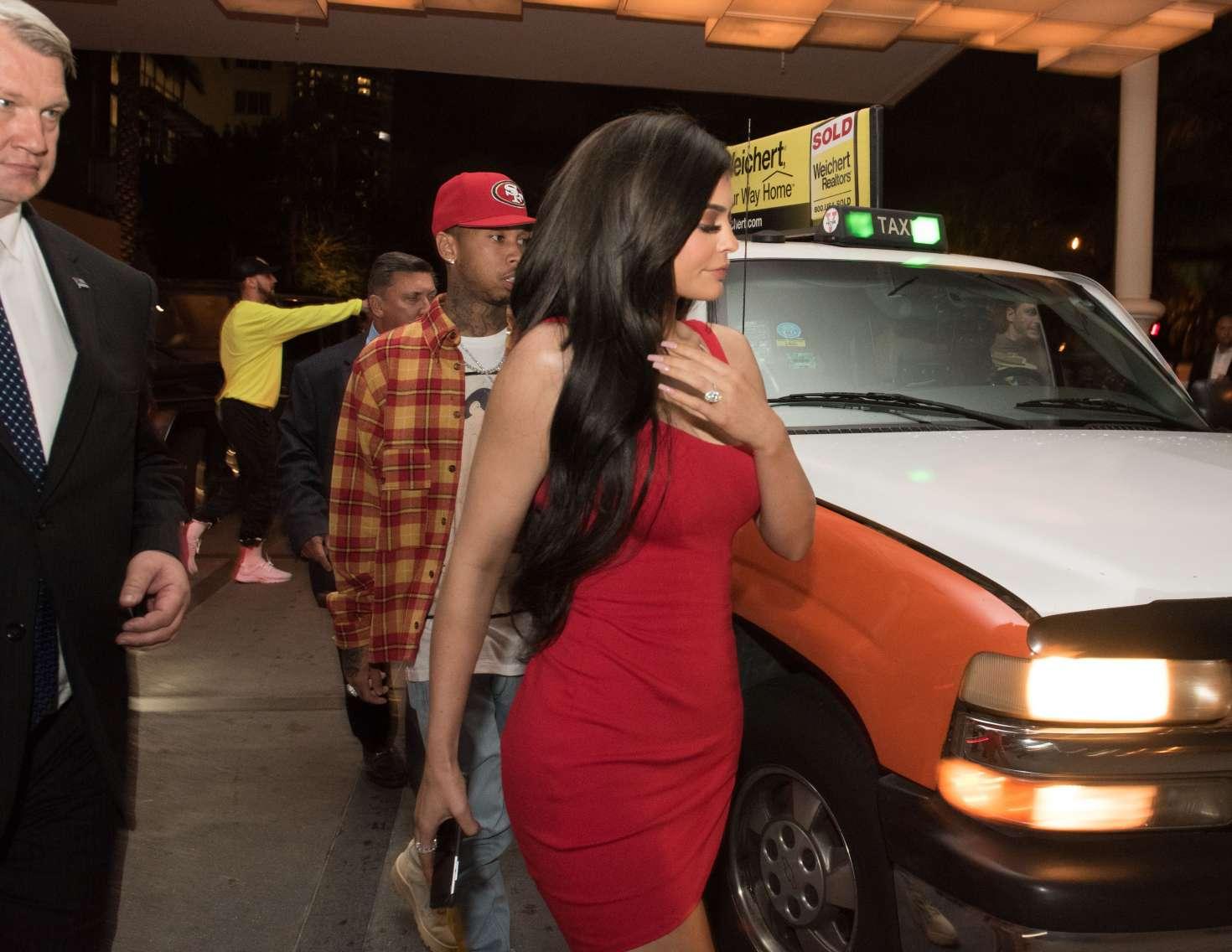Kylie Jenner 2016 : Kylie Jenner in Red Mini Dress -03
