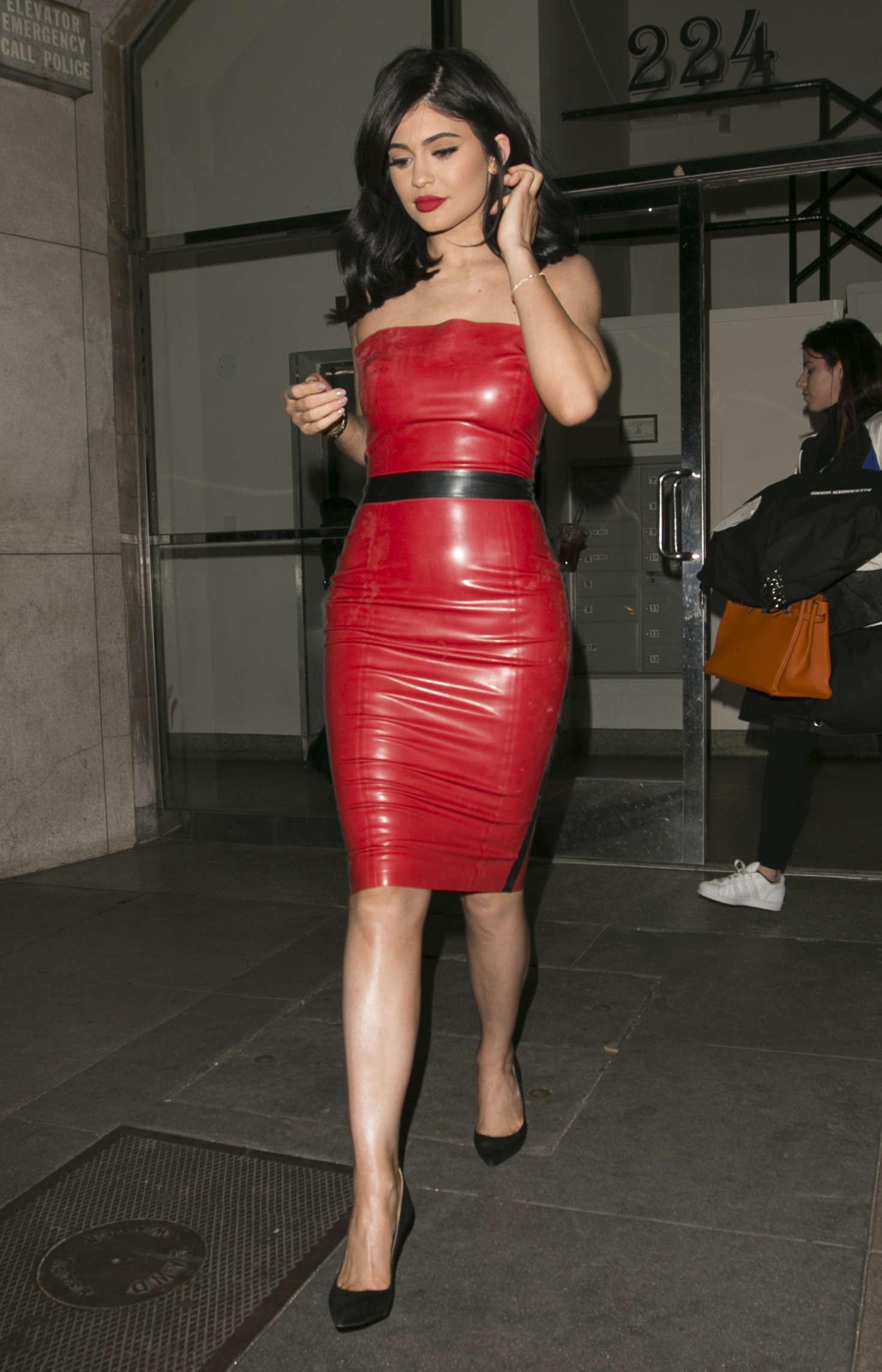 Red dress kylie jenner 14