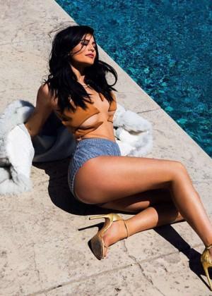 Kylie Jenner - Instagram Photos