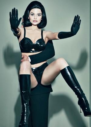 Kylie Jenner - Interview Magazine (Dec/Jan 2015/2016)