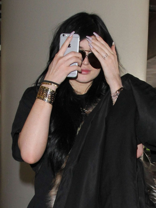 Kylie Jenner – LAX Airport in LA