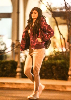 Kylie Jenner in Tights Leaving a Movie Theater in Calabasas