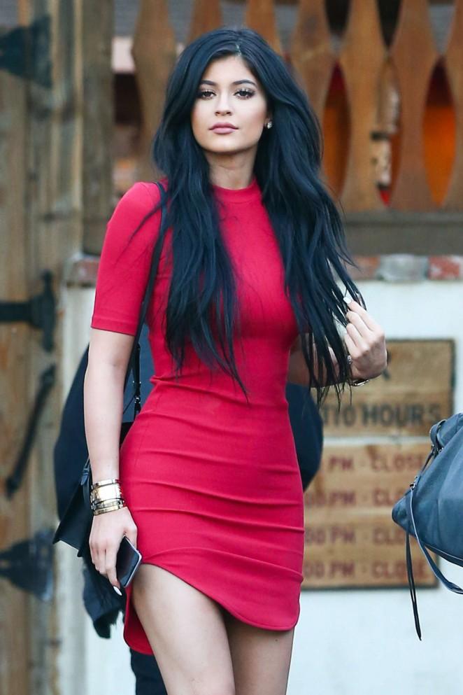Kylie Jenner – Leaving Sagebrush Cantina in Calabasas