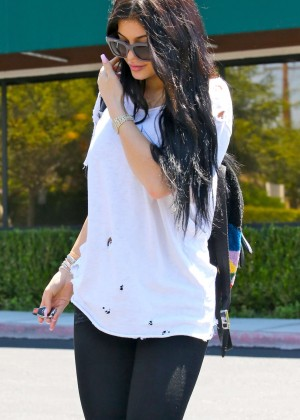 Kylie Jenner - Leaving Yamato Japanese Restaurant in Agoura Hills